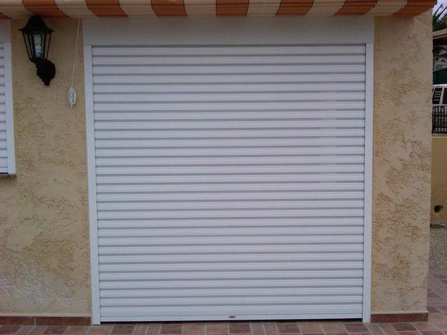 Montaje de persianas y puertas enrollables r pidas for Puertas enrollables