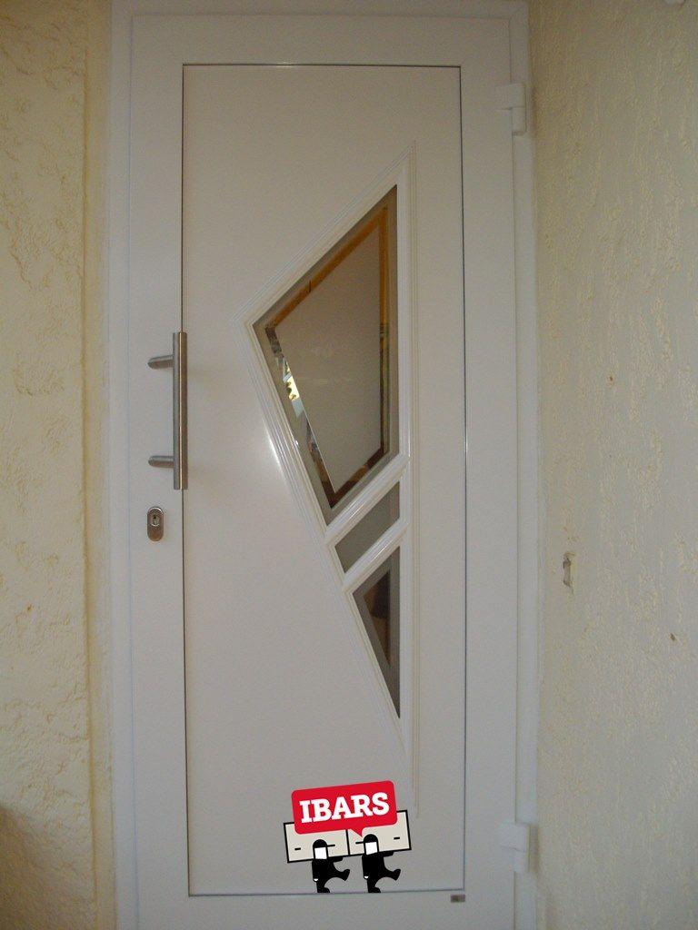 Puertas de entrada a vivienda de aluminio automatismos ibars Puertas para viviendas